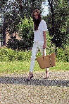 Shirt: COS, Jeans, heels: Zara, Bag: Michael Kors.