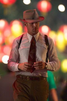 Ryan Gosling Photo - Ryan Gosling and Josh Brolin Film 'Gangster Squad'