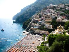 How to visit the Amalfi coast and Capri for less.