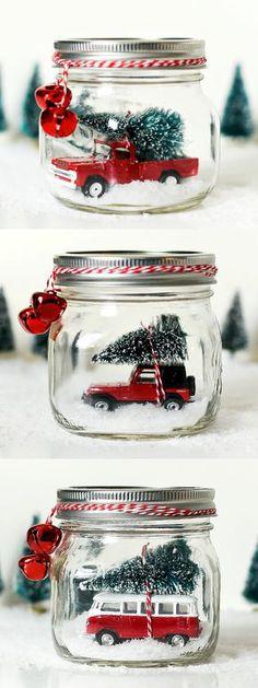 Mason jar snow globe with vintage jeep wrangler. Mason jar crafts for Christmas. Mason jar holiday craft ideas. Mason jar kids crafts for Christmas. Gift.