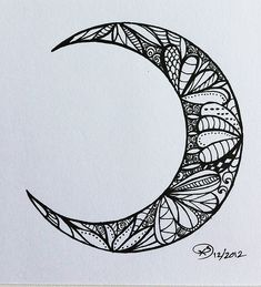 Zentangle Moon ♥| Tumblr Moon Fases, Tattoo Hals, Moon Tattoos, Half Moon Tattoo, Tribal Moon Tattoo, Henna Moon, Cute Tattoos, Cresent Moon Tattoo Meaning, New Tattoos