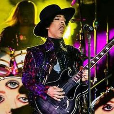 3rdeyegirl love the face he makes when he's feeling the music