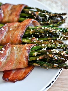 Make eating your veggies a little easier with this bacon-wrapped caramelized sesame asparagus recipe!