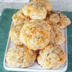 Homemade Red Lobster Cheddar Biscuits