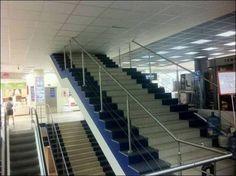 巨大なトマソン階段