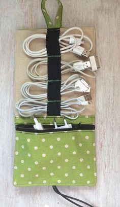 "+ M + Travel + Cord Organizer + + ""Leinen + + Mochi Dots"" + von + Leinen + Pa… – Sewing Projects Mochi, Fabric Crafts, Sewing Crafts, Sewing Projects, Diy Accessoires, Cord Organization, Creation Couture, Travel Gifts, Gifts For Family"