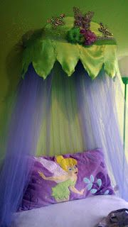 Super cute!  Wish I had a little girl!  DIY Tinkerbell Bed Canopy.