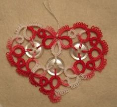 tatted heart with buttons - I need to learn how to add buttons and beads!