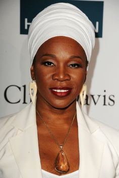 This is my favorite female artists-- The great India Arie,my favorite song by her is I Am Not My Hair, mostly because my hair nappy and I'm ashy, makes me feel good bout myself.