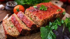 Meatloaf is a comfort food and satisfying dinner. This recipe allows you to create healthy meatloaf that will help you stay on track with your weight loss. Healthy Meatloaf, Good Meatloaf Recipe, Best Meatloaf, Meatloaf Recipes, Meat Recipes, Cooking Meatloaf, Veggie Meatloaf, Cake Recipes, Delicious Recipes