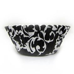 1 1/2 x 3 x 2 Black Design Paper Foil Baking Cups/Case of 960 Tags: Black; Foil Baking Cups; Baking Cup; baking cups;Black Foil Baking Cups;Black Foil Baking Cups; https://www.ktsupply.com/products/32788327636/1-12-x-3-x-2-Black-Design-Paper-Foil-Baking-CupsCase-of-960.html