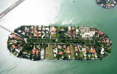 Miami Beach, place For Bachelors, Miami Party Destinations, Miami pics, beautiful Miami