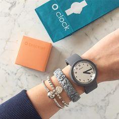 Mix & match thousands of O bag and O clock combinations...