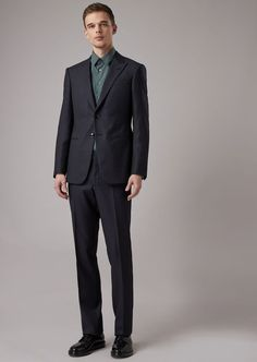 Fine materials and design for this Trader Blu Suit In Chequered Natté by Giorgio Armani Men. Take a look at the official online store now. Giorgio Armani, Armani Men, Smoking, Welt Pocket, Trousers, Take That, Suits, Formal, My Style
