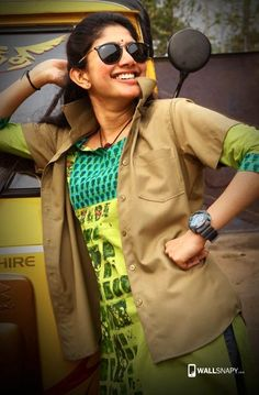Wallpaper Black Phone Awesome Ideas For 2019 Lovely Girl Image, Cute Girl Photo, Girls Image, Beautiful Girl Indian, Beautiful Indian Actress, Beautiful Actresses, Indian Actress Photos, Indian Actresses, Sai Pallavi Hd Images