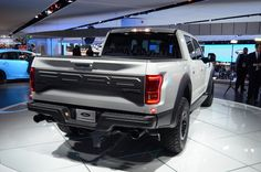 2017 Ford F-150 Raptor SuperCrew Drops Jaws And Snaps Necks At Detroit