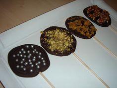 La chica de la casa de caramelo: Piruletas de chocolate