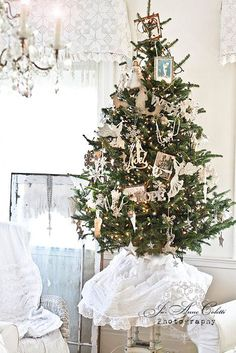 Simple tree with beautiful white decor