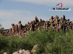 """TURISMO EN CHIHUAHUA. Las Polvorillas, ubicado en el municipio de Ojinaga, Chihuahua, es uno de los parajes más impactantes del desierto chihuahuense, conformado por piedras llamadas """"piedras encimadas"""" este nombre surge debido a que parece que fueron acomodadas a propósito. Venga a conocer este interesante lugar en el estado más grande de México. www.turismoenchihuahua.com"""