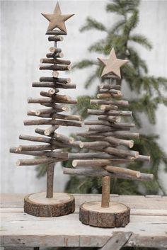 Juletre av pinner m/stjerne