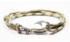 New Adjustable Paracord Hook Bracelet Desert Foliage by ChasingFin