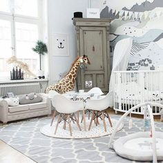 Loving this bright kids bedroom set up!