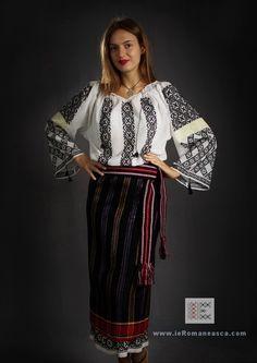 Folk Costume, Costumes, Moldova, Eastern Europe, Traditional Dresses, Hand Embroidery, Kimono Top, Nature, Outfits