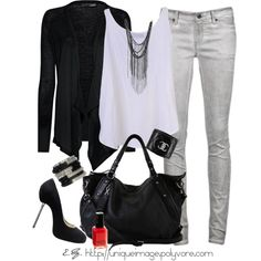 almost ready to rock my Light Gray Skinny jeans Look Fashion, Fashion Outfits, Womens Fashion, Fall Fashion, Ladies Fashion, Teen Fashion, Fashion Trends, Grey Jeans Outfit, Looks Style