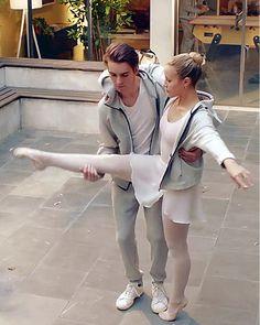Paris Party, Tv Shows, Actresses, Netflix, Best Series, Brain, I Love, Dance, Ballet
