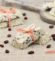 The Rawtarian: Raw sesame seed bar recipe