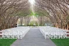 Dallas Arboretum & Botanical Gardens Wedding from Michele Shore Photo  #venue #ceremony Read more - http://www.stylemepretty.com/texas-weddings/2013/07/22/dallas-arboretum-botanical-gardens-wedding-from-michele-shore-photo/