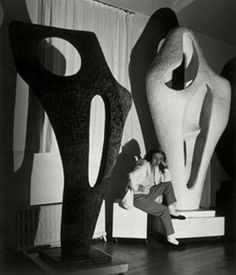 Barbara Hepworth sculpture, Figure for Landscape- In the Palais de Danse, November Photograph by Lucien Myers Barbara Hepworth, Modern Sculpture, Wood Sculpture, Metal Sculptures, Bronze Sculpture, Sculpture Rodin, Artist Art, Artist At Work, Portraits