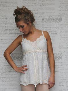 Milda lace top vintage cream. | Romantische kleding MIEL. | Eleonore