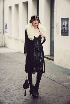 20 beautiful retro vintage flapper dresses you can not resist loving - Hairstyle Fix Retro Vintage, Moda Vintage, Vintage Glamour, Dress Vintage, Vintage Coat, Vintage Style, Gatsby Style, Flapper Style, Flapper Fashion