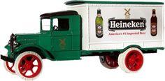 Prachtige oldtimer van Heineken: Zo deden ze dat vroeger!
