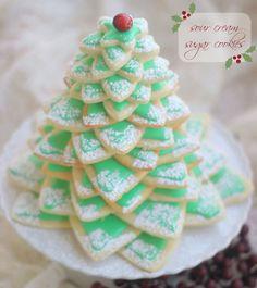 Christmas Tree Dessert Recipes - Christmas Desserts - Country Living #christmas #cookies