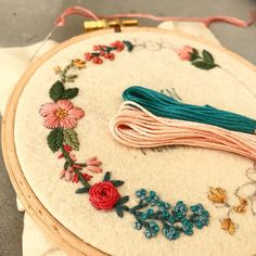 I  Mondays! .  .  .  #embroidery #wip #workinprogress #hoopart #floral #flowers #dmcthreads #fiberart #textileart #textiledesign #bordado #broderie #handstitched #stitch #handembroidery #modernmaker #maker #fiberartist #karakoy #embroideryhoop #creamente #floralembroidery