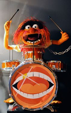Animal Muppet by Master Replicas, with custom drums. Classic Cartoon Characters, Classic Cartoons, The Muppet Show Characters, Drums Wallpaper, Animal Muppet, Gothic Fantasy Art, Apple Watch Wallpaper, Family Halloween Costumes, Jim Henson