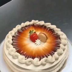♡ Dulces creaciones para celebrar 🥧 🧁 🍰 🎂 ☆ Créditos / Imagen ⇨ @ali_soltani.l_ #ecumple #Cakesofinstagram #Pasteles #Cakeart #Tortas #Cakelovers Cake Decorating Frosting, Cake Decorating Designs, Creative Cake Decorating, Creative Cakes, Cake Decorating For Beginners, Cake Decorating Techniques, Cake Decorating Tutorials, Cake Recipes At Home, Fun Baking Recipes