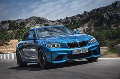Jakarta, Autos.id – BMW Group Indonesia memastikan tahun ini akan kedatangan model-model baru BMW dan MINI. Model baru tersebut diantaranya All New BMW X1, BMW M2, New MINI Clubman, dan New MINI Convertible. Hal ini diutarakan Karen Lim, Presiden Direktur BMW Group Indonesia. Menurutnya, tahun ini BMW Gorup Indonesia akan terus menggenjot penjualan di dalam […]