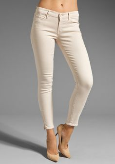 I love mother jeans-they look good on everyone! mother jeans in cream 39c6213145