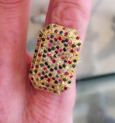 #CarolinaBucci #ring #finejewelry #jewelry #JaimieGellerJewelry For more info about this ring email us at shop@jaimiegellerjewelry.com