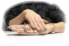 Unhas em Gel em cor dourado com nail art desenhado á mão Tema Tiger I Love it <3 My Nails thanks for me! Aplicação de unhas de Gel ,Acrílico e verniz gel e Hidratação de parafina! APÓS LABORAL: Horários: Segunda-feira a Sexta-feira :das 17.30h ás 24h E também Sábados das 13h ás 24h E Domingos das 9h da manhã ás 24h. Marca comigo  ou msg Facebook! https://www.facebook.com/panteranegranails