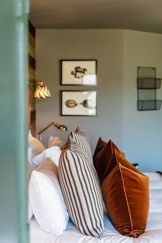 Gara Rock Hotel, Devon, Interior Designers — House Nine Interior Design Home And Deco, Home Living, Living Room, My New Room, Home Bedroom, Bedroom Apartment, Master Bedrooms, Home Decor Inspiration, Decor Ideas