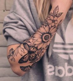 Half Sleeve Tattoos Forearm, Shoulder Sleeve Tattoos, Tattoos For Women Half Sleeve, Forearm Sleeve Tattoos, Shoulder Tattoos For Women, Best Sleeve Tattoos, Body Art Tattoos, Tattoo Ink, Women Sleeve