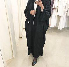 IG: Abati_Boutique || IG: BeautiifulinBlack || Abaya Fashion ||