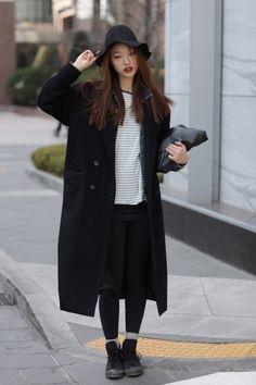 Choi sora Korea Winter Fashion, Korea Fashion, Asian Fashion, Autumn Winter Fashion, Winter Style, K Fashion, Ulzzang Fashion, Fashion Books, Asian Street Style