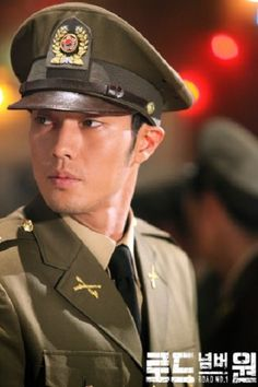 5 Times we totally swooned for So Ji Sub 4. When we realized he looks good in a uniform. (Both real and as a drama costume).