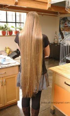 I <3 Knee-length hair