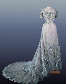 Alexandra Feodorovna, Vestidos Vintage, Vintage Dresses, 1950s Dresses, Vintage Clothing, Bridal Skirts, Bridal Gowns, Wedding Gowns, Prom Gowns